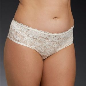 NWOT Torrid Lace Front Mesh Back Panties